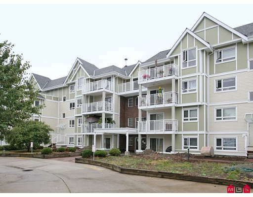 """Main Photo: 205 20189 54TH Avenue in Langley: Langley City Condo for sale in """"CATALINA GARDENS"""" : MLS®# F2900010"""