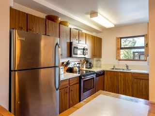 """Photo 5: 71 2400 CAVENDISH Way in Whistler: Whistler Creek Townhouse for sale in """"Whiski Jack"""" : MLS®# R2569305"""