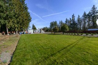 Photo 4: 24421 FRASER Highway in Langley: Salmon River House for sale : MLS®# R2551912