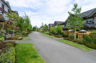 """Photo 39: 2 2979 156TH Street in Surrey: Grandview Surrey Townhouse for sale in """"ENCLAVE"""" (South Surrey White Rock)  : MLS®# F1412951"""