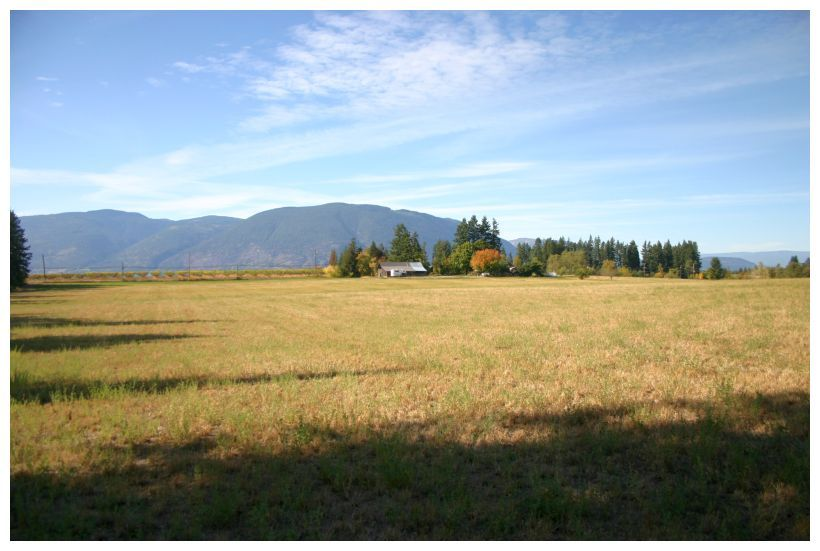 Main Photo: 4820 Northeast 30 Street in Salmon Arm: North Broadview House for sale (NE Salmon Arm)  : MLS®# 10143037