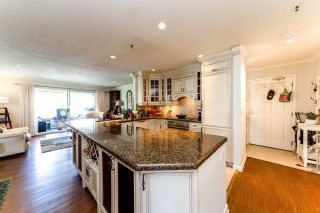 """Photo 8: 13 2150 MARINE Drive in West Vancouver: Dundarave Condo for sale in """"LINCOLN GARDENS"""" : MLS®# R2289242"""