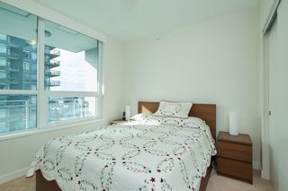 """Photo 8: 704 112 E 13TH Street in North Vancouver: Lower Lonsdale Condo for sale in """"CENTREVIEW"""" : MLS®# R2243856"""