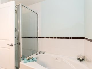 """Photo 13: 76 19932 70 Avenue in Langley: Willoughby Heights Townhouse for sale in """"Summerwood"""" : MLS®# R2380626"""