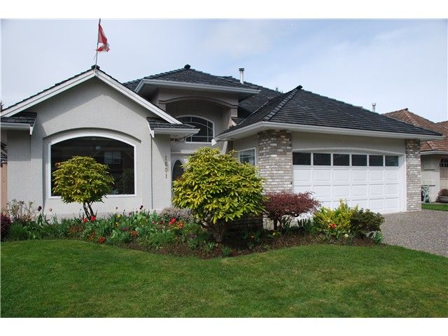 """Main Photo: 1601 SPYGLASS Crescent in Tsawwassen: Cliff Drive House for sale in """"IMPERIAL VILLAGE"""" : MLS®# V1110675"""