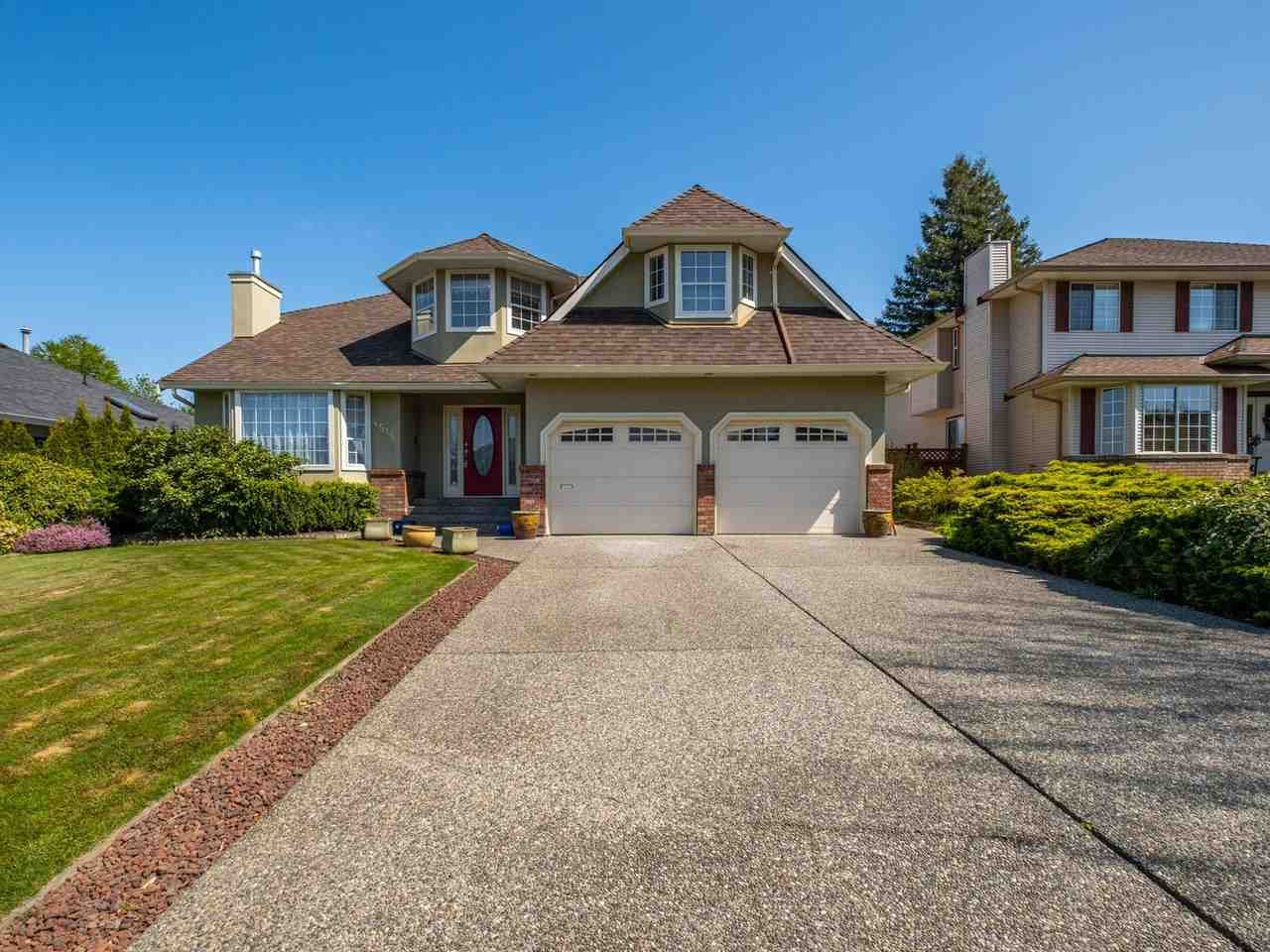 Main Photo: 4516 217A Street in Langley: Murrayville House for sale : MLS®# R2570732