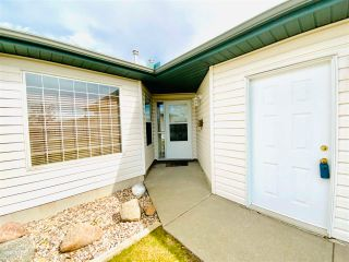 Photo 1: 3 5714 50 Street: Wetaskiwin House Half Duplex for sale : MLS®# E4244109