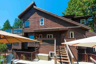 Photo 3: 4765 COVE CLIFF Road in North Vancouver: Deep Cove House for sale : MLS®# R2532923