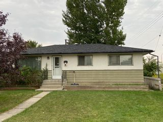 Main Photo: 1726 44 Street SE in Calgary: Forest Lawn Detached for sale : MLS®# A1146921