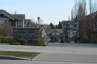 Photo 2: 22 7848 170 Street in Surrey: Fleetwood Tynehead Townhouse for sale : MLS®# R2545863
