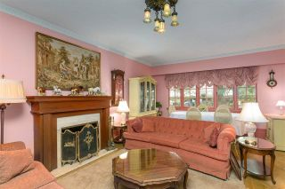 """Photo 2: 1697 E 22ND Avenue in Vancouver: Victoria VE House for sale in """"CEDAR COTTAGE"""" (Vancouver East)  : MLS®# R2150016"""