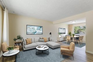 Photo 4: 2604 CHEROKEE Drive NW in Calgary: Charleswood Detached for sale : MLS®# A1019102