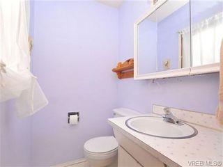 Photo 11: 820 Elrick Pl in VICTORIA: Es Rockheights House for sale (Esquimalt)  : MLS®# 688283
