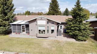 Photo 3: 49 Tufts Crescent in Outlook: Residential for sale : MLS®# SK855880