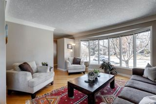 Photo 4: 10408 Fairmount Drive SE in Calgary: Willow Park Detached for sale : MLS®# A1066114