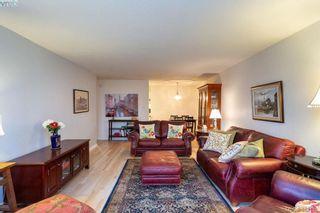 Photo 4: 206 2095 Oak Bay Ave in VICTORIA: OB South Oak Bay Condo for sale (Oak Bay)  : MLS®# 802450