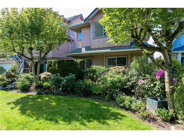 Photo 20: Photos: 1 241 E 4TH Street in North Vancouver: Lower Lonsdale Townhouse for sale : MLS®# V1062566