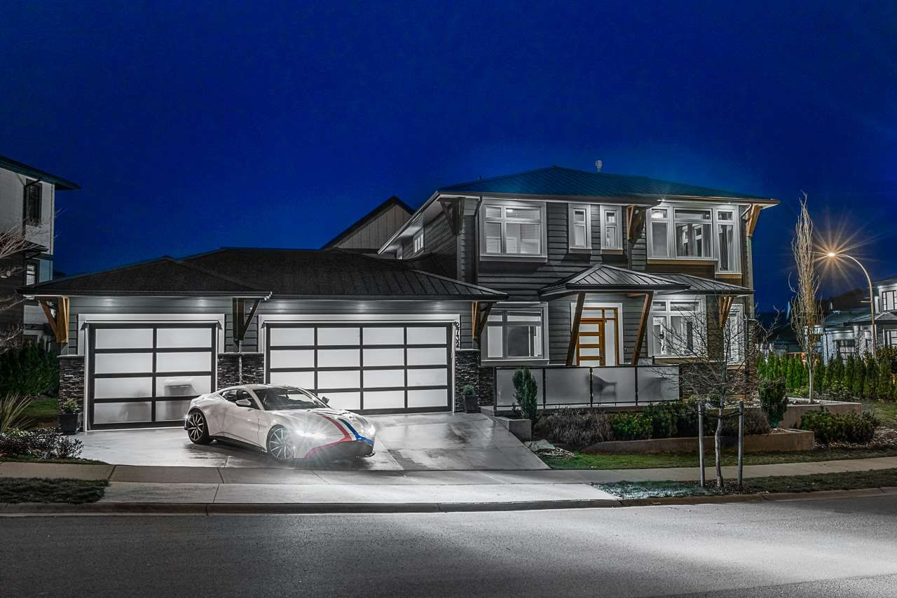 Main Photo: 2732 EAGLE SUMMIT Drive in Abbotsford: Abbotsford East House for sale : MLS®# R2545849