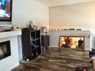 Photo 2: #1608 TOWNE CENTRE BV NW in Edmonton: Zone 14 Townhouse for sale : MLS®# E4235572