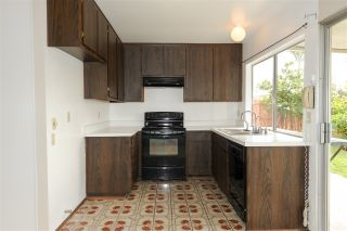 Photo 5: DEL CERRO House for sale : 3 bedrooms : 8366 High Winds Way in San Diego