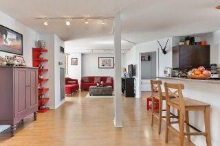 Photo 4: 95 Lombard St Unit #805 in Toronto: Church-Yonge Corridor Condo for sale (Toronto C08)  : MLS®# C3958963