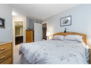 """Photo 16: 205 14824 NORTH BLUFF Road: White Rock Condo for sale in """"Belaire"""" (South Surrey White Rock)  : MLS®# R2456173"""