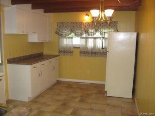 Photo 7: 152 Kildare Avenue in WINNIPEG: Transcona Residential for sale (North East Winnipeg)  : MLS®# 1513855