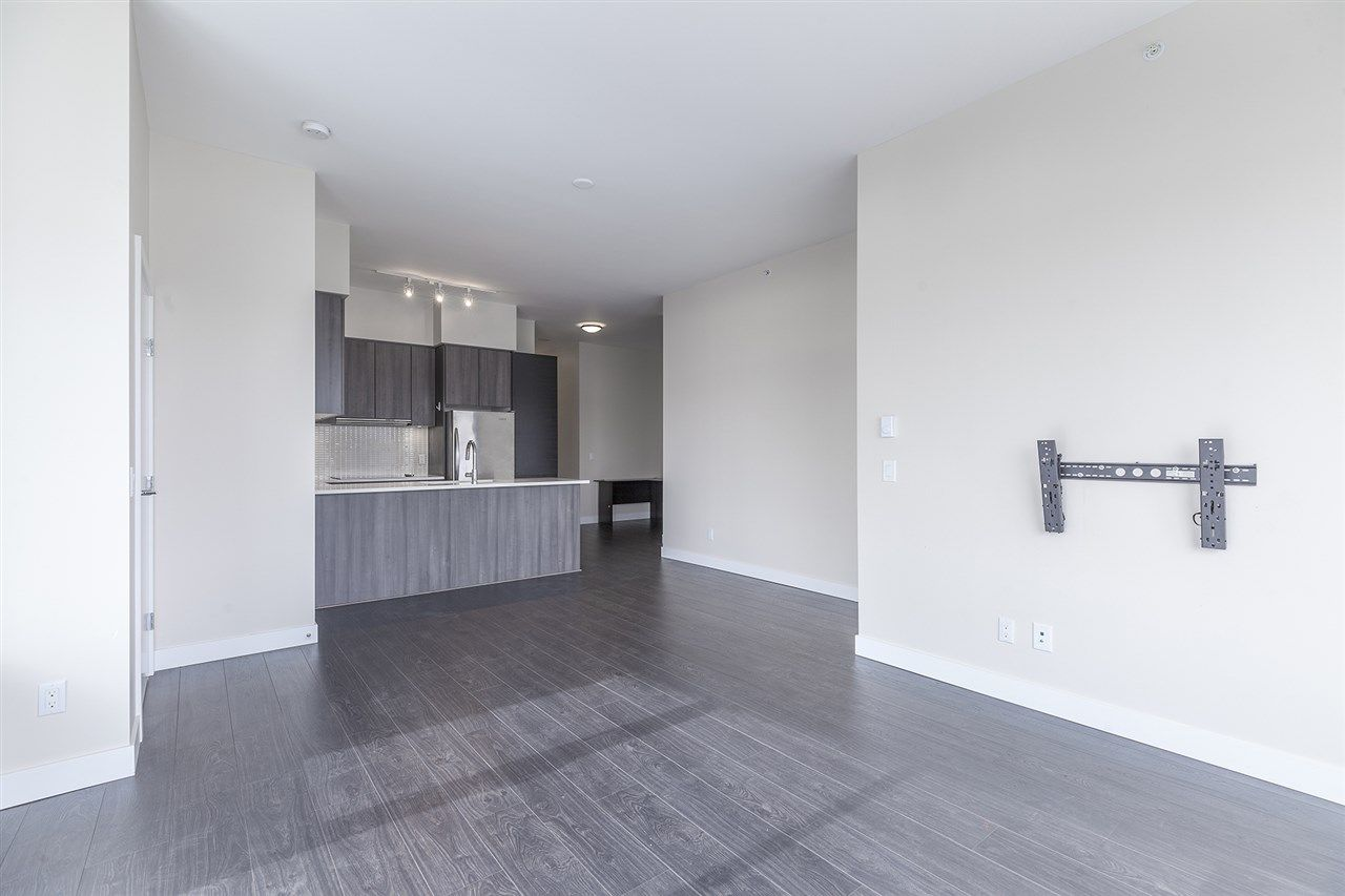 """Photo 3: Photos: 711 668 COLUMBIA Street in New Westminster: Quay Condo for sale in """"TRAPP+HOLBROOK"""" : MLS®# R2376766"""