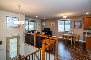 Photo 2: 2910 GREENFOREST Crescent in Prince George: Emerald House for sale (PG City North (Zone 73))  : MLS®# R2433232