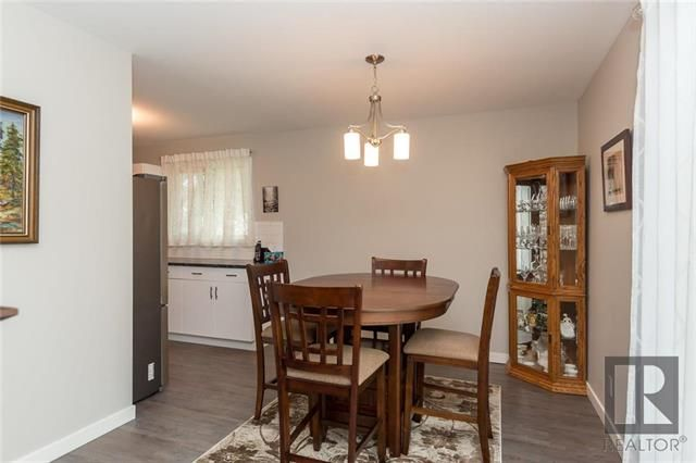 Photo 7: Photos: 56 Fontaine Crescent in Winnipeg: Windsor Park Residential for sale (2G)  : MLS®# 1826901