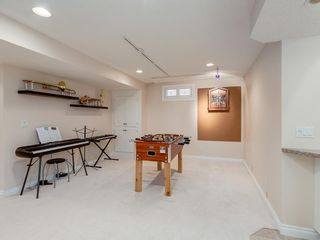 Photo 42: 123 SIGNATURE Terrace SW in Calgary: Signal Hill Detached for sale : MLS®# C4303183