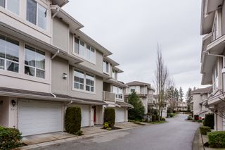 """Photo 2: 33 14952 58 Avenue in Surrey: Sullivan Station Townhouse for sale in """"Highbrae"""" : MLS®# R2232617"""