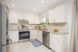 """Photo 7: 3 900 TOBRUCK Avenue in North Vancouver: Mosquito Creek Townhouse for sale in """"Heywood Lane"""" : MLS®# R2589572"""