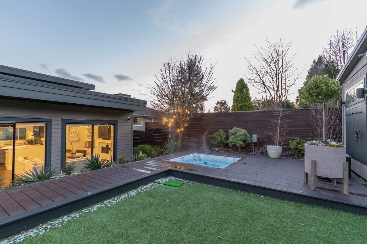 Photo 31: Photos: 882 WHITCHURCH Street in North Vancouver: Calverhall House for sale : MLS®# R2537806