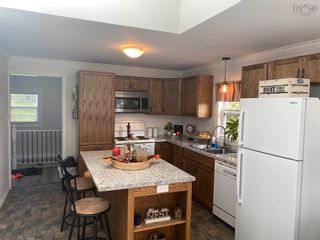 Photo 7: 9 Memorial Drive in North Sydney: 205-North Sydney Residential for sale (Cape Breton)  : MLS®# 202124298