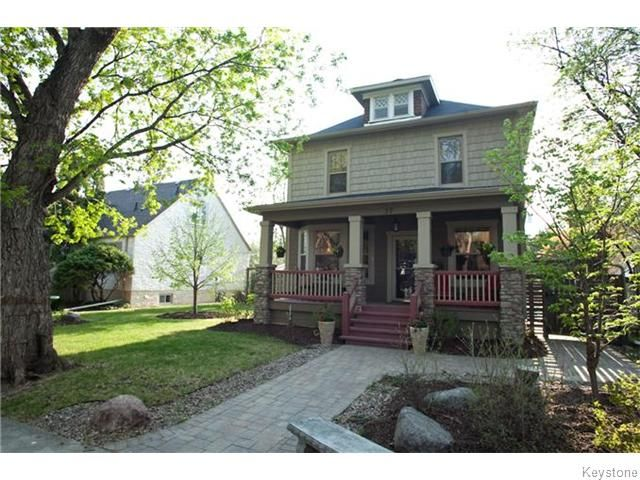 Main Photo: 37 Lawndale Avenue in Winnipeg: St Boniface Residential for sale (South East Winnipeg)  : MLS®# 1611854