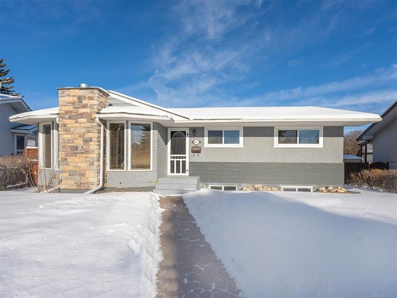 FEATURED LISTING: 9727 Austin Road Southeast Calgary