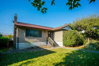 Photo 1: 3779 SUNSET STREET in Burnaby: Burnaby Hospital House for sale (Burnaby South)  : MLS®# R2481232