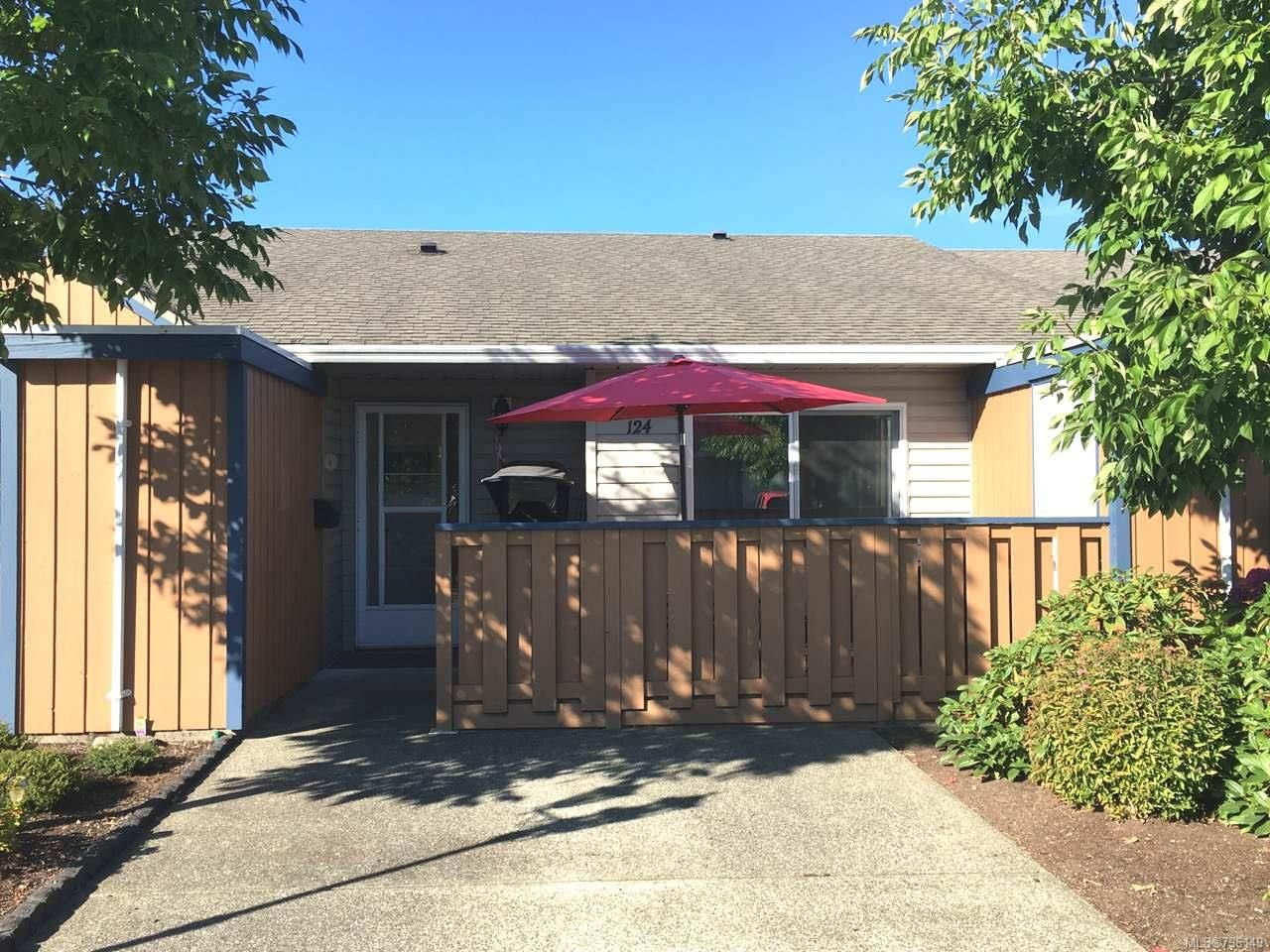 Main Photo: 124 2191 Murrelet Dr in COMOX: CV Comox (Town of) Row/Townhouse for sale (Comox Valley)  : MLS®# 796149