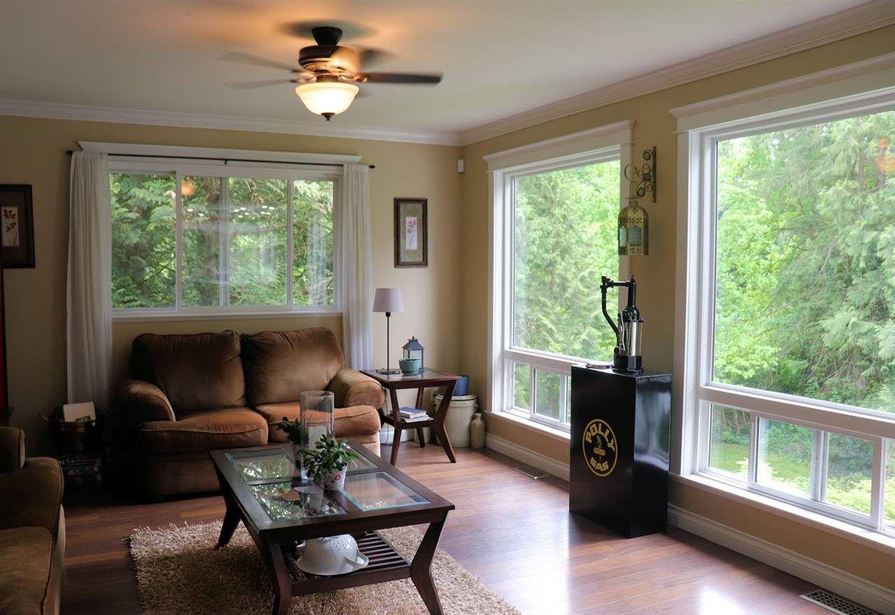 "Photo 18: Photos: 28258 MYRTLE Avenue in Abbotsford: Bradner House for sale in ""BRADNER"" : MLS®# R2456494"