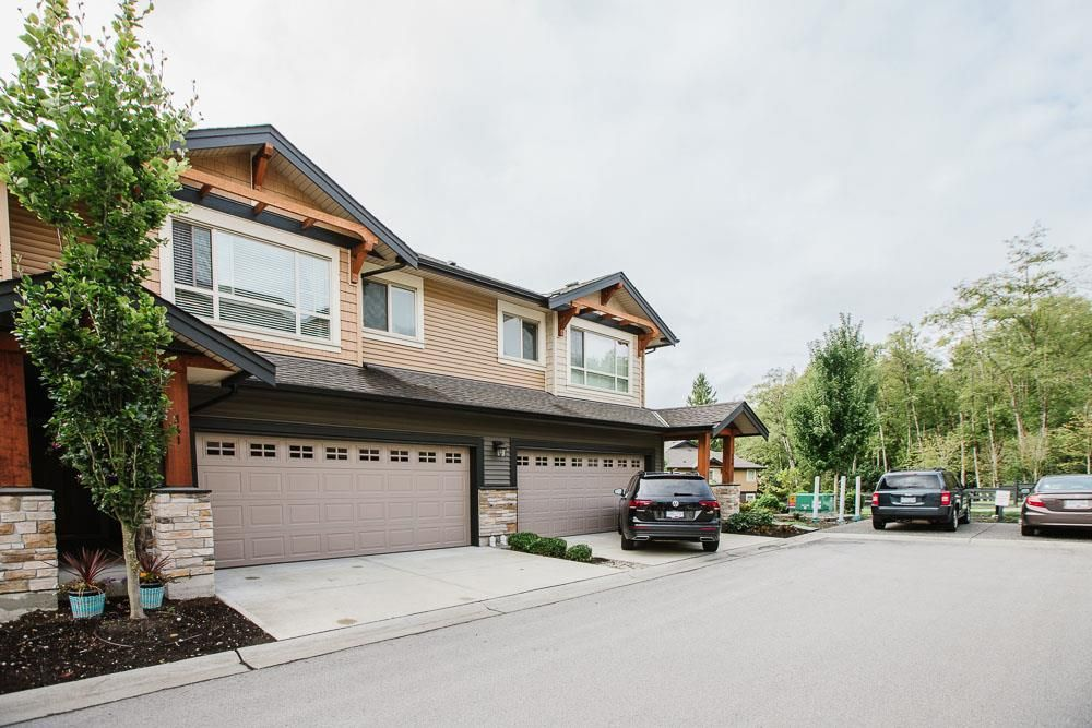 """Main Photo: 141 11305 240 Street in Maple Ridge: Cottonwood MR Townhouse for sale in """"Maple Heights"""" : MLS®# R2500243"""