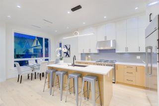 Photo 9: 481 E 16TH Avenue in Vancouver: Mount Pleasant VE 1/2 Duplex for sale (Vancouver East)  : MLS®# R2354193