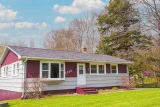 Photo 2: 2359 HIGHWAY 10 in West Northfield: 405-Lunenburg County Residential for sale (South Shore)  : MLS®# 202111527