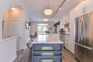 """Photo 8: 2 14905 60TH Avenue in Surrey: Sullivan Station Townhouse for sale in """"THE GROVE AT CAMBRIDGE"""" : MLS®# R2369048"""