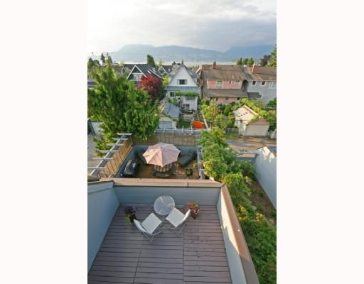 Photo 4: Photos: 3153 W 3RD Avenue in Vancouver: Kitsilano 1/2 Duplex for sale (Vancouver West)  : MLS®# V771650