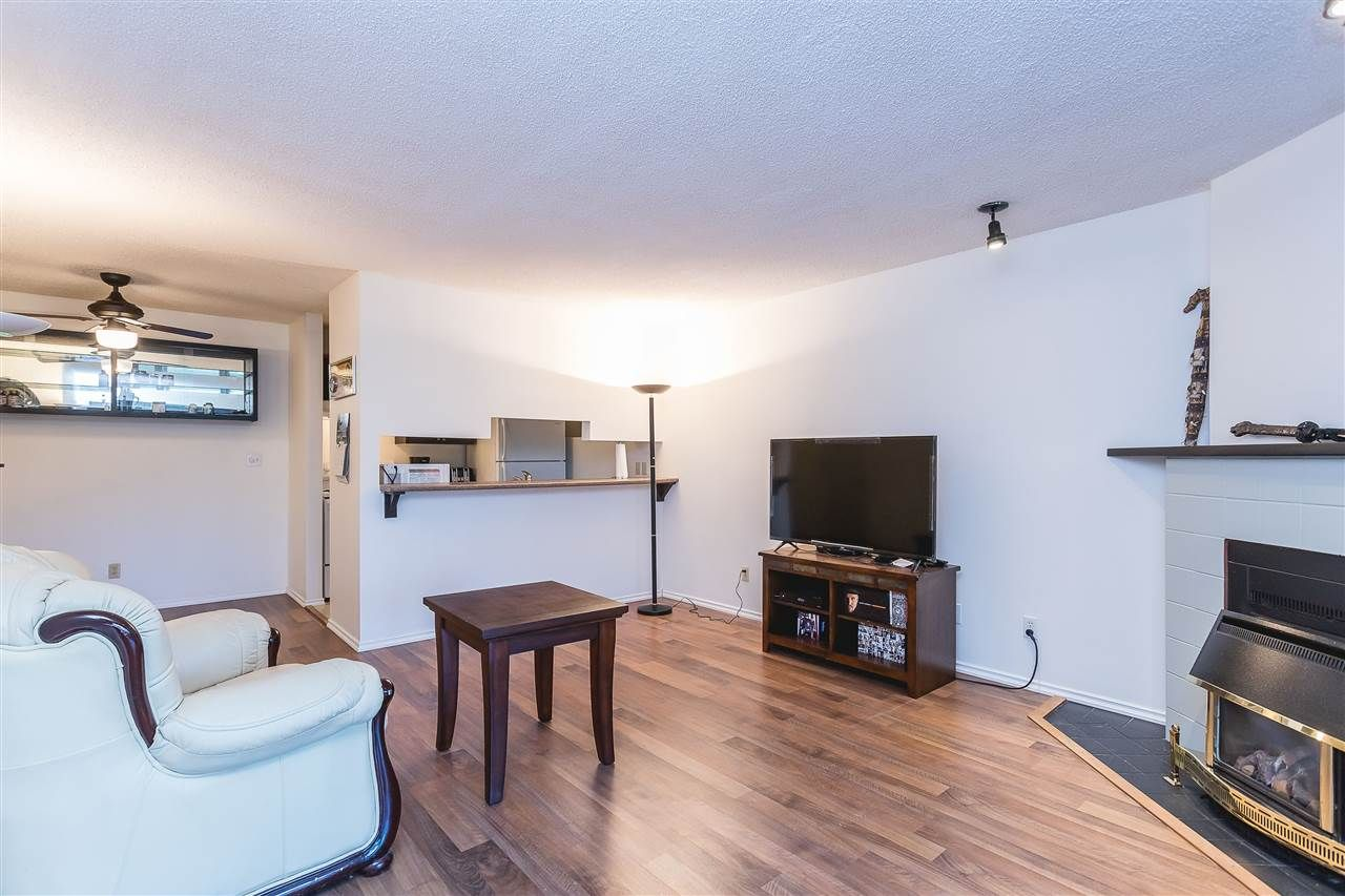 Photo 14: Photos: 105 45875 CHEAM Avenue in Chilliwack: Chilliwack W Young-Well Townhouse for sale : MLS®# R2548383