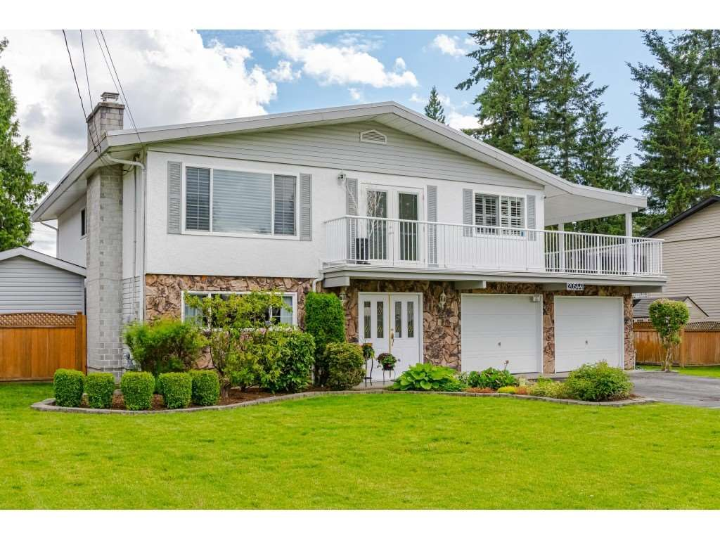 "Main Photo: 20544 42A Avenue in Langley: Brookswood Langley House for sale in ""Brookswood"" : MLS®# R2462311"