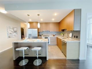 """Photo 6: 1701 6168 WILSON Avenue in Burnaby: Metrotown Condo for sale in """"JEWEL 2"""" (Burnaby South)  : MLS®# R2555926"""