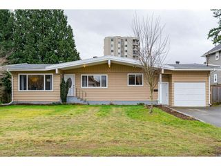 "Main Photo: 31938 HOPEDALE Avenue in Abbotsford: Abbotsford West House for sale in ""Clearbrook"" : MLS®# R2545727"