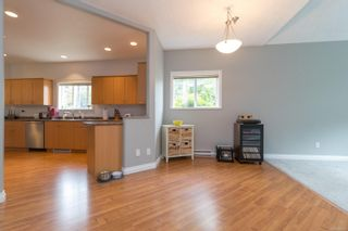 Photo 10: 102 951 Goldstream Ave in : La Langford Proper Row/Townhouse for sale (Langford)  : MLS®# 886212